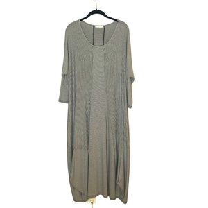 LUUKA Lagenlook Blk/Wht Thin Striped Maxi Dress